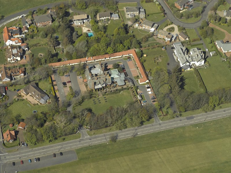 Oblique aerial view centred on Craigend House Hotel, taken from the S.