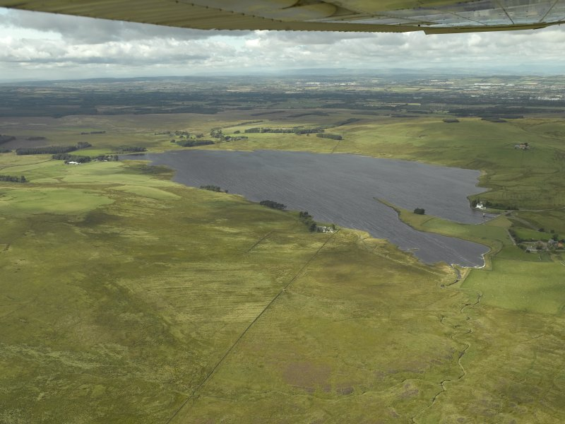 Oblique aerial view centred on the reservoir, taken from the SE.