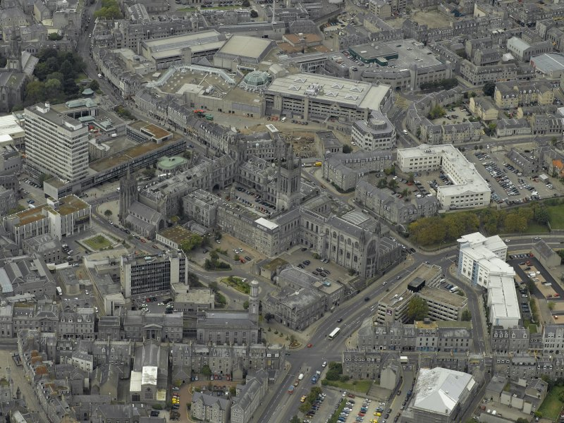Oblique aerial view of the city centre centred on Marischal College, taken from the WSW.