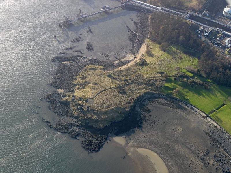 Oblique aerial view centred on the gun battery, taken from the NE.