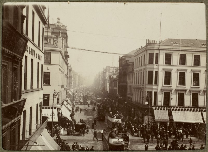 View of procession through Glasgow city centre during 1901 International Exhibition.