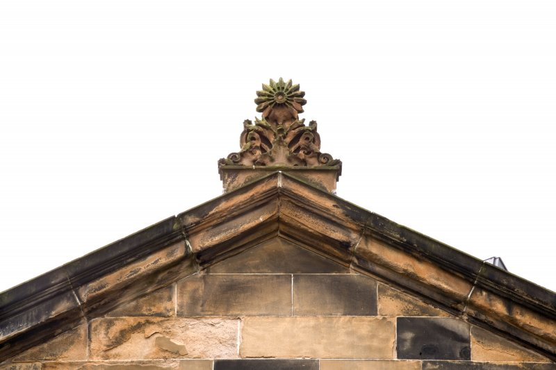 E gable, detail of finial