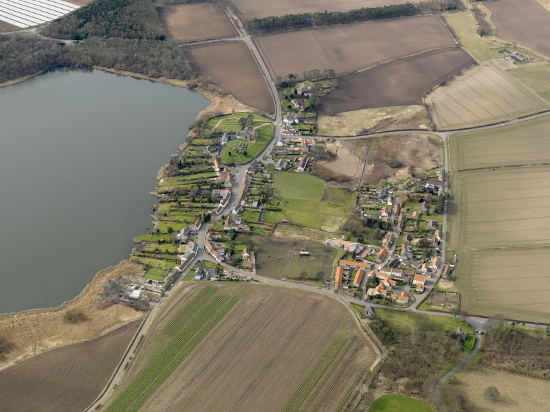 General oblique aerial view centred on the villages, taken from the E.