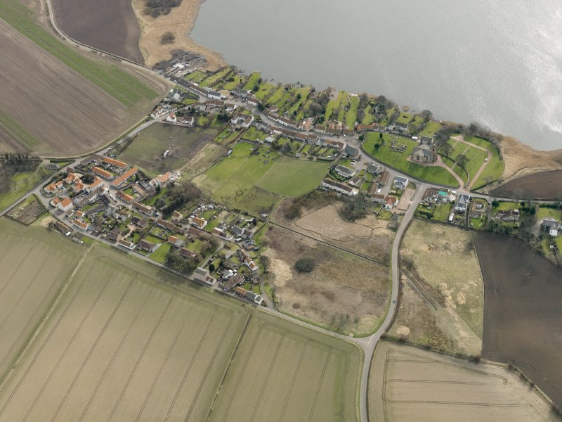 General oblique aerial view centred on the villages, taken from the NNW.