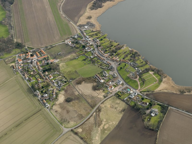 General oblique aerial view centred on the villages, taken from the NW.