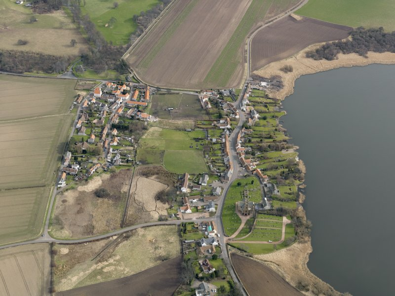General oblique aerial view centred on the villages, taken from the W.