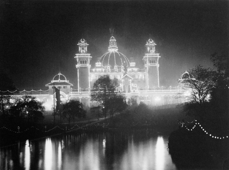View of illumination of the Eastern Palace building at the International Exhibition in 1901 in Kelvingrove Park, Glasgow.