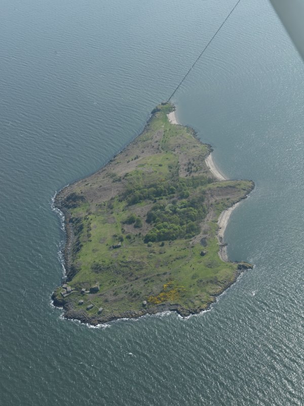 General oblique aerial view centred on the Island, taken from the N.