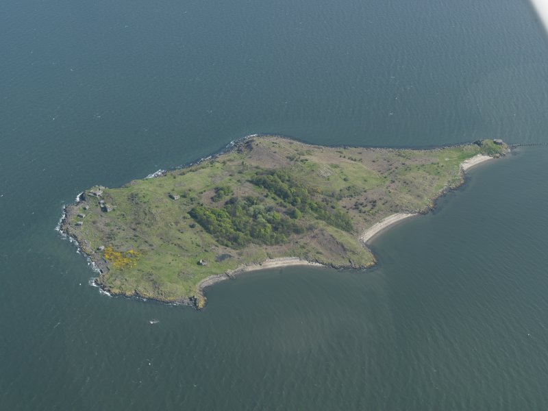 General oblique aerial view centred on the Island, taken from the WNW.