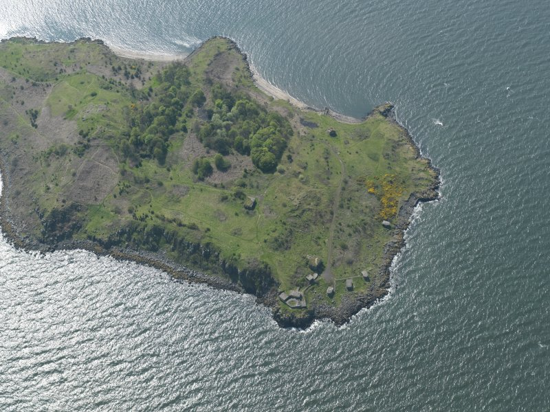 Oblique aerial view centred on the N part of the Island, taken from the ENE