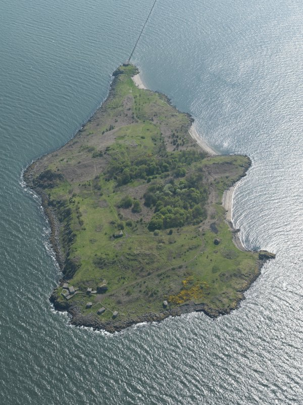 General oblique aerial view centred the Island, taken from the N.