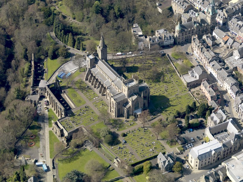 Oblique aerial view centred on the Abbey with the Abbey Precinct adjacent, taken from the SE.