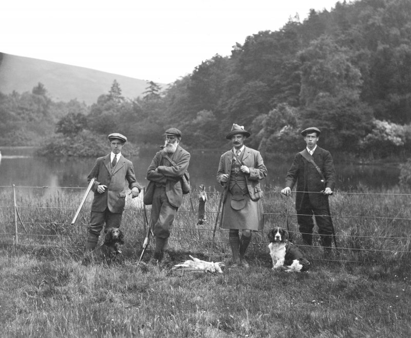 View of a hunting party on The Glen estate.