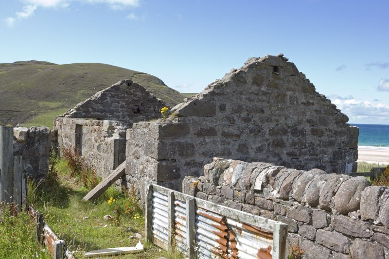 Kearvaig, farmstead, view of W end of range from E.