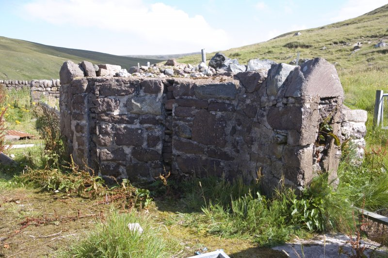 Kearvaig, farmstead, detail of walling to S of farmhouse.