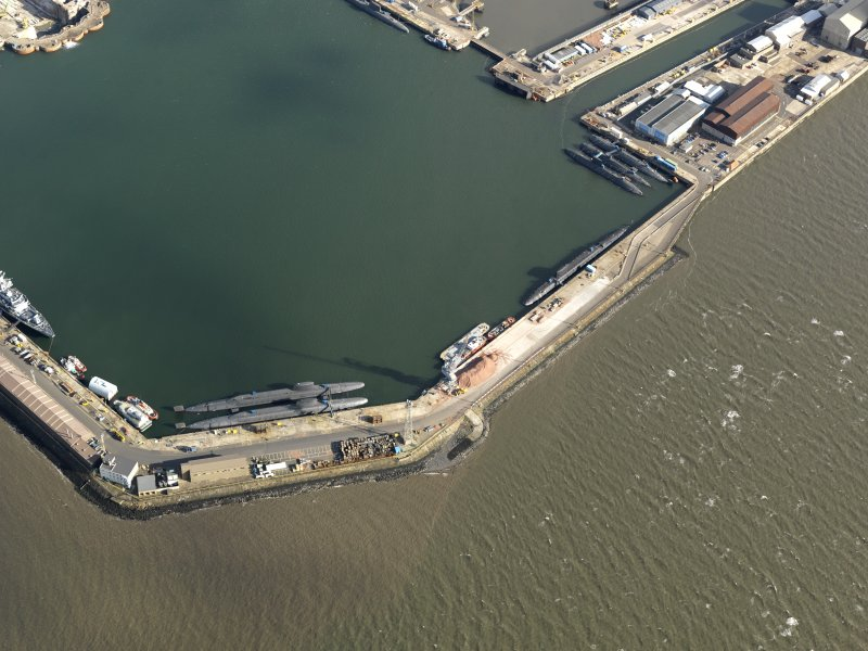 Oblique aerial view centred on part of the main basin, taken from the  SW.