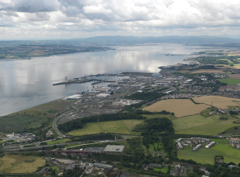 General oblique aerial view looking across HM Dockyard Rosyth and Europarc along the Firth of Forth, taken from the E.