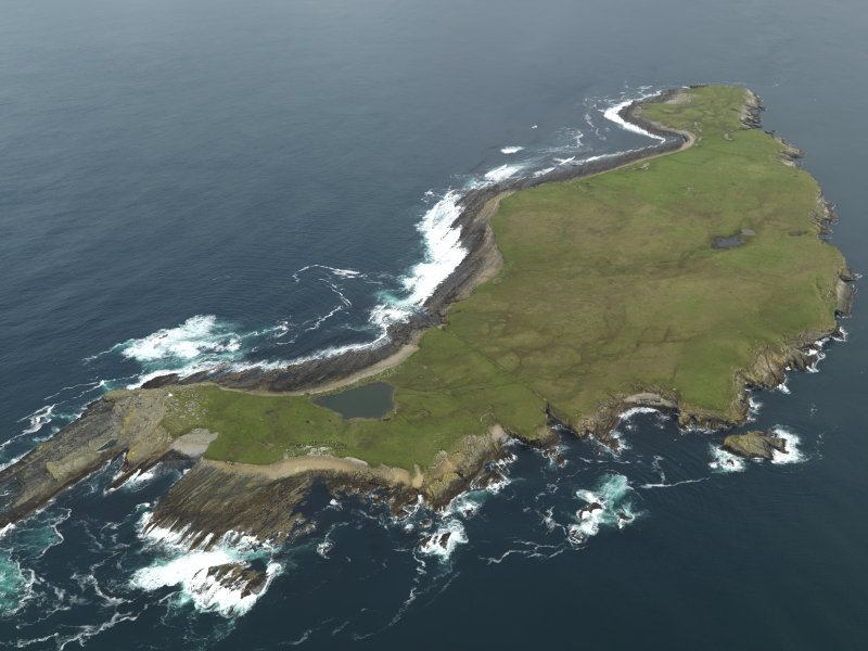 Oblique aerial view centred on the Island taken from the SSE.