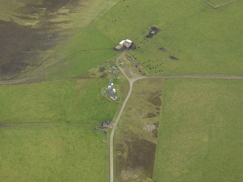 Oblique aerial view centred on the radar station, taken from the SW.