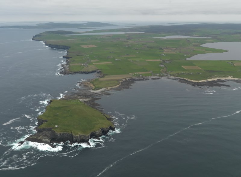 General oblique aerial view centred on Brough of Birsay Lighthouse, taken from the WSW.