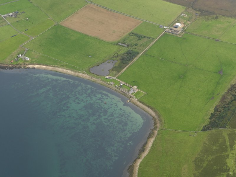 General oblique aerial view centred on Carrick House, taken from the NNW.