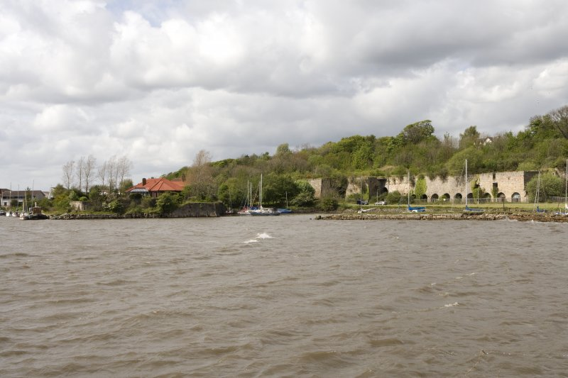 Harbour and limekilns, general view from ESE