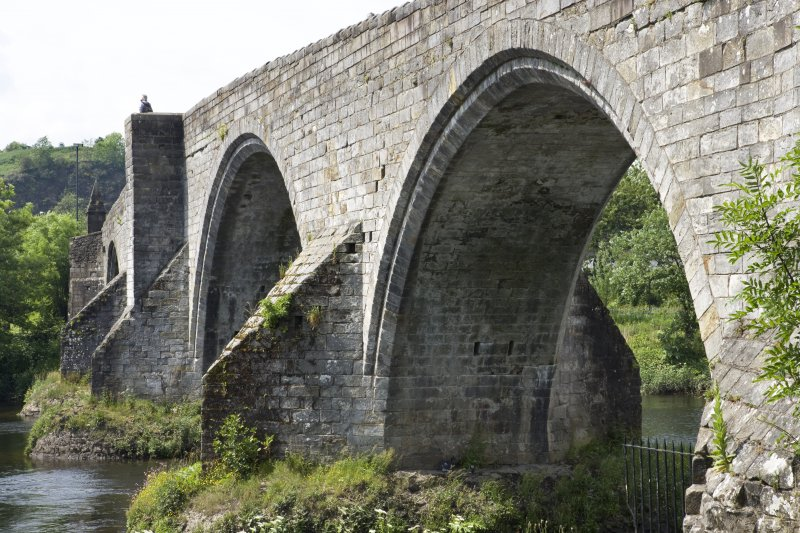 View of arches from E, Old Bridge, Stirling.