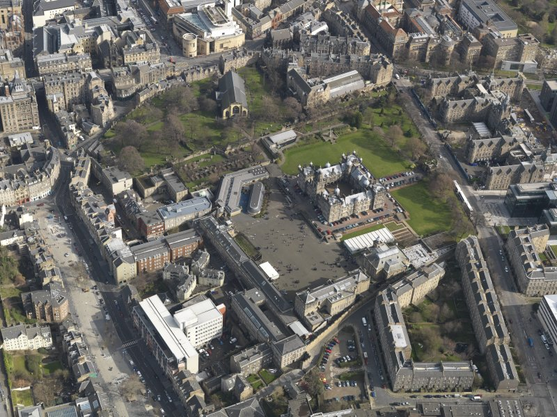 Oblique aerial view centred on the School with the Grassmarket adjacent, taken from the W.