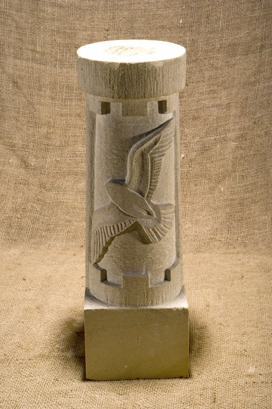 New carved  false spout with peregrine falcon (flash)