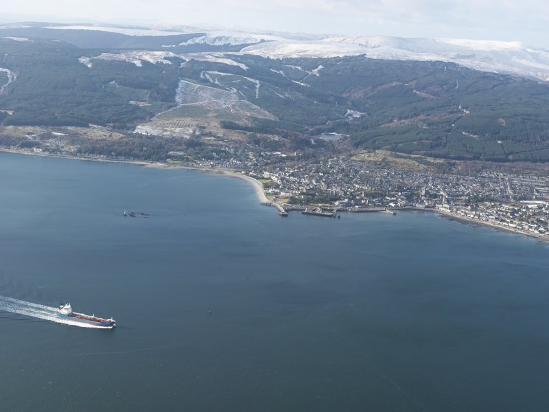 General oblique aerial view of Dunoon, taken from the E.