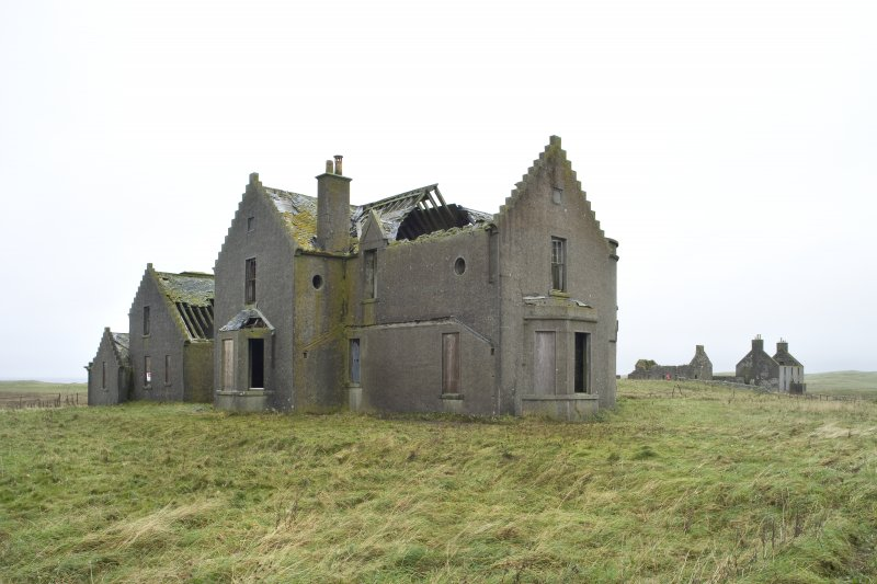 General view of Vallay House taken from SSW, with Old Vallay House and the Chaimberlain's House in the background