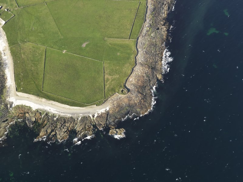 Oblique aerial view centred on the Broch of Burrian, taken from the SSW.