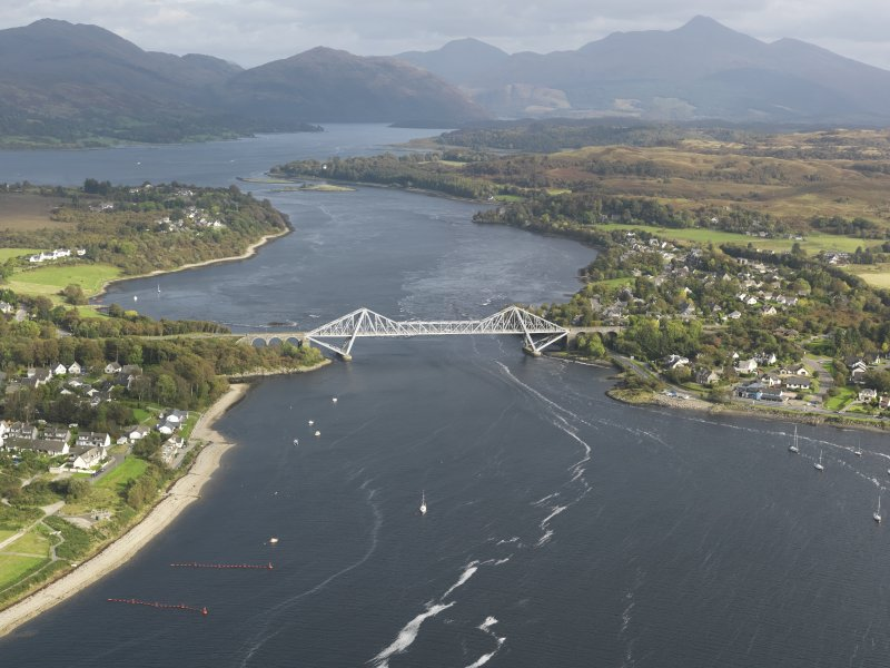 General oblique aerial view centred on Connel Bridge, taken from the W.