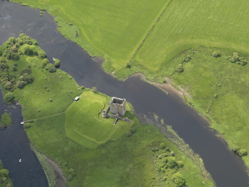 Oblique aerial view of Threave Castle, taken from the NNE.