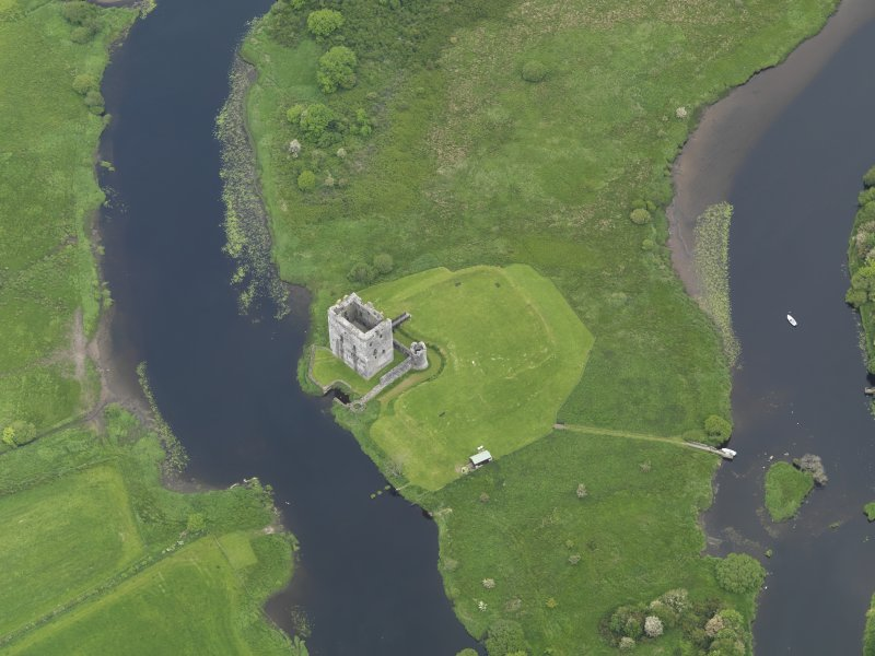 Oblique aerial view of Threave Castle, taken from the SSW.