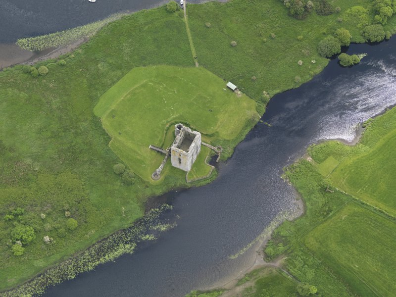 Oblique aerial view of Threave Castle, taken from the NW.