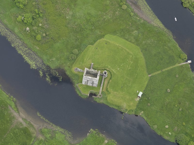 Oblique aerial view of Threave Castle, taken from the SW.