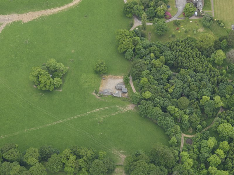 Oblique aerial view of Cumstoun House doocot, taken from the W.