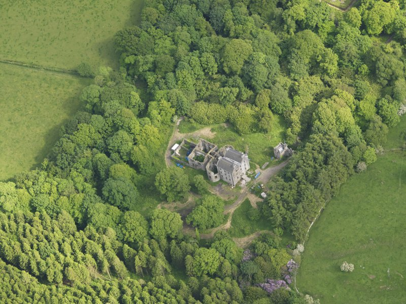 Oblique aerial view of Ravenstone Castle, taken from the NW.
