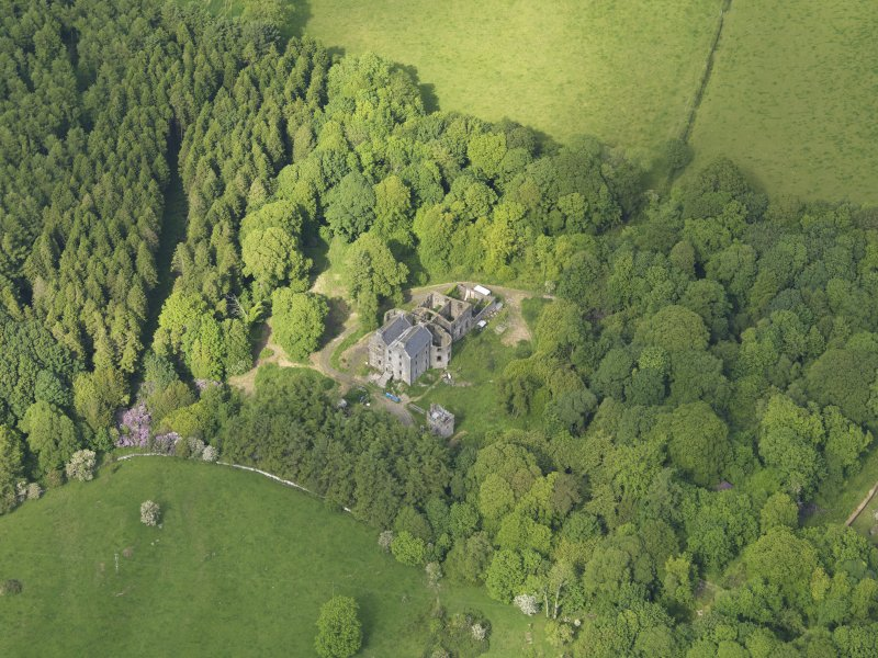 Oblique aerial view of Ravenstone Castle, taken from the SW.