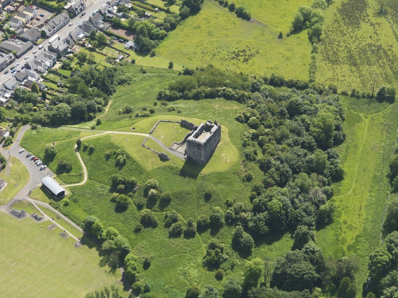 General oblique aerial view of Dundonald Castle, taken from the NW.