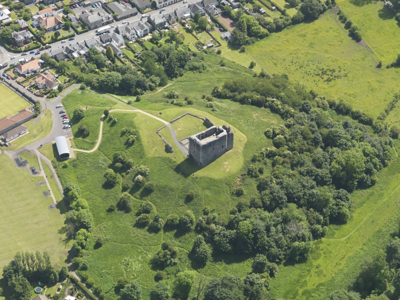 General oblique aerial view of Dundonald Castle, taken from the W.