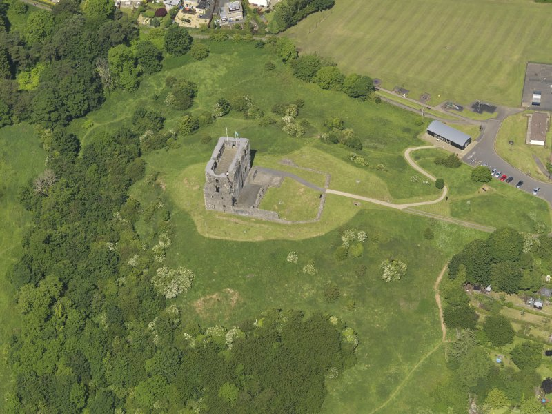 General oblique aerial view of Dundonald Castle, taken from the SSE.