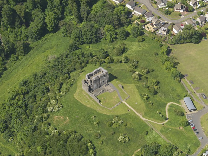General oblique aerial view of Dundonald Castle, taken from the E.