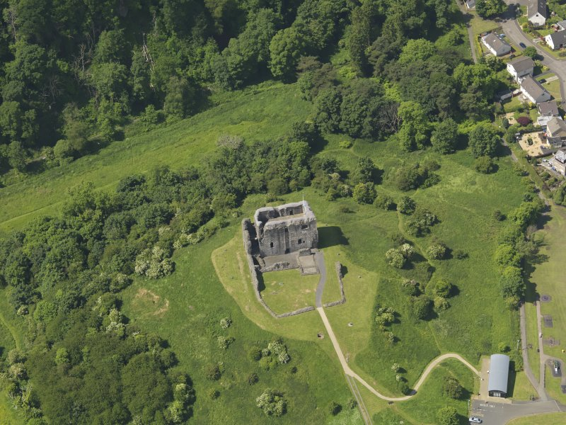 General oblique aerial view of Dundonald Castle, taken from the ENE.