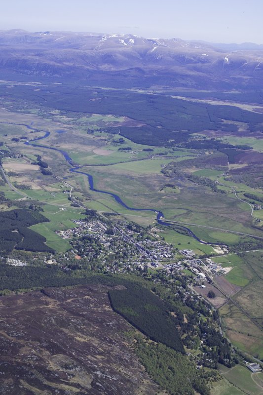 General oblique aerial view of Kingussie, taken from the W.