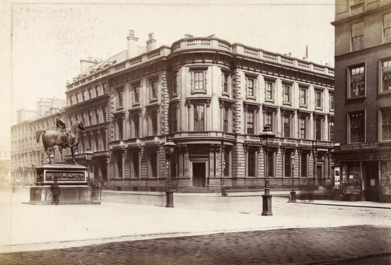 Page 34v/1 View of the British Linen Bank, Glasgow, from SW. Since demolished.  Titled: '(1839)   British Linen Company Bank, Ingram St, David Hamilton Archt.'