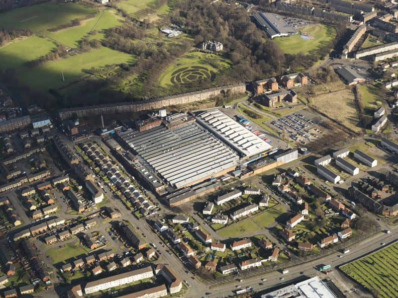 Oblique aerial view centred on the factory, taken from the SW