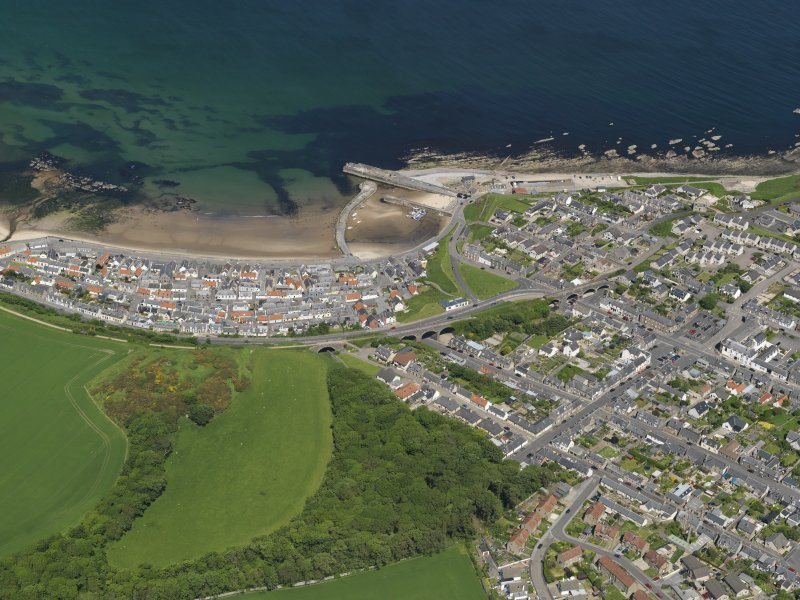 General oblique aerial view centred on the town of Cullen, taken from the S.
