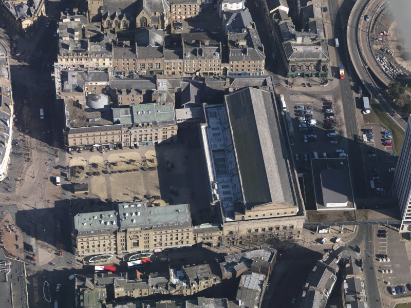 Oblique aerial view centred on the Caird Hall, taken from the WSW.
